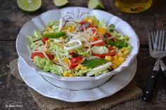 Salata cu legume si calamari - Culinar.ro Calamari, Guacamole, Cobb Salad, Tacos, Mexican, Ethnic Recipes, Salads, Octopus, Mexicans