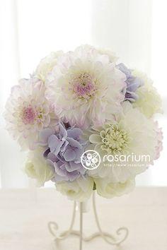 dahlia bridesmaid bouquet | wedding bouquet dahlia