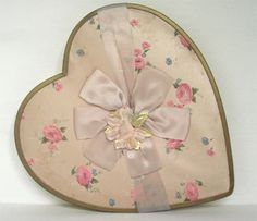Vintage Floral Heart Box