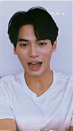 Boyfriend Photos, Perfect Boyfriend, Cute Japanese Boys, Korean Drama Songs, Pop Lyrics, Hot Korean Guys, Aesthetic Editing Apps, X Picture, Bright Pictures