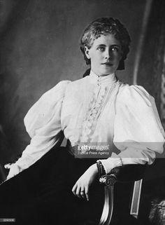 Crown Princess Marie of Romania, wife of the future King Ferdinand of. Victoria Reign, Victoria And Albert, Queen Victoria, Princess Alice, Prince And Princess, Michael I Of Romania, Romanian Royal Family, Grand Duc, 1890s Fashion