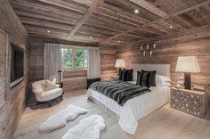 Eines der 5 Schlafzimmer im altehrwürdige Tiroler Traditions Haus