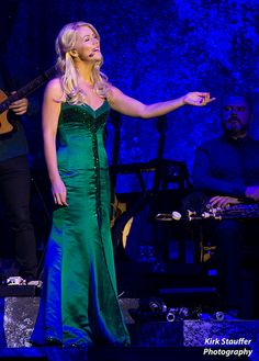 celtic woman members   Celtic Woman @ Comcast Arena   Flickr - Photo Sharing!