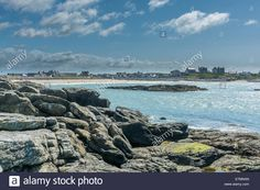 Download this stock image: View over Trearddur Bay, Anglesey, North Wales UK. - E7MNXN from Alamy's library of millions of high resolution stock photos, illustrations and vectors.