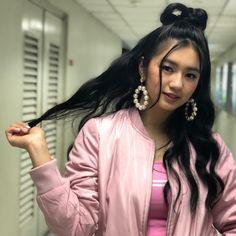 Korean, Photoshoot, Hair Styles, Girls, Beauty, Instagram, Hair Plait Styles, Toddler Girls, Korean Language
