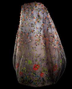Christian Dior Le couturier impressionniste  Robe du soir bustier en millefeuille de tulle brodé multicolore, collection Haute Couture printemps-été 2013. Christian Dior par Raf Simons.  PHOTO LAZIZ HAMANI