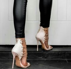 Kristy Fleming - amazing scrappy heels in very light pink/ white