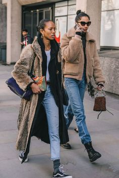 LFW FALL 18/19 STREET STYLE I