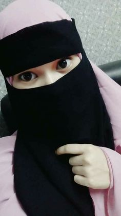 Niqab Fashion, Muslim Fashion, Muslim Girls, Muslim Women, Islamic Girl, Face Veil, Hijab Niqab, Cute Eyes, Hijab Tutorial