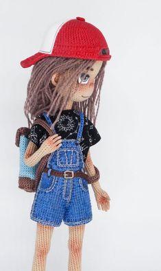 Истории • Instagram Knitted Dolls, Crochet Dolls, Crochet Doll Pattern, Pretty Dolls, Cute Crafts, Amigurumi Doll, Art Dolls, Elsa, Winter Hats