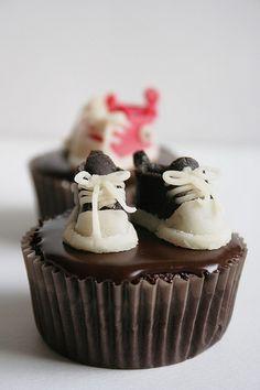 Converse All Star Cupcakes on http://palachinkablog.com
