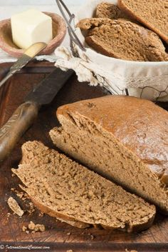 16 Amazing Russian Black Bread Images Black Black People Bread
