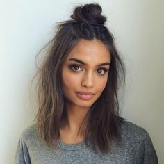Hairstyles Diy And Tutorial For All Hair Lengths 060 Hairstyles diy and tutorial for all hair lengths 177 Lazy Girl Hairstyles, Heatless Hairstyles, Diy Hairstyles, Fashion Hairstyles, Casual Hairstyles For Long Hair, Simply Hairstyles, Layered Hairstyles, Pretty Hairstyles, Medium Hair Styles