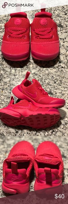 82bb6397ad49 Nike HOT PINK Nike presto size these are a TODDLER In good condition