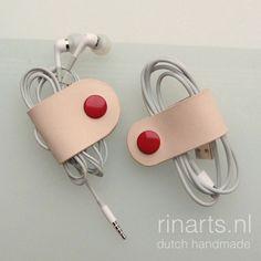 Een persoonlijke favoriet uit mijn Etsy shop https://www.etsy.com/listing/254328774/personalized-leather-earbuds-cord