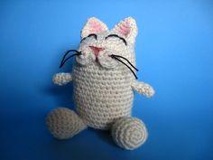 Ravelry: Smug Cat pattern by Yarn Paint