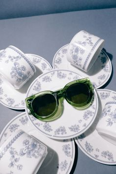 the Elsa in basil | also available in cherry marble, marmalade, jet black, & sangria #sunniesstudios