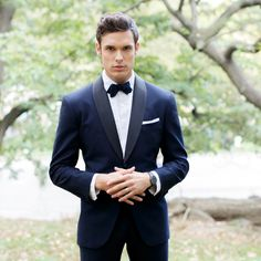 Let's face it — these days, most men don't wear a tie every day and probably haven't put on a bow tie since prom (and that was likely a mock bow tie anyway). To help out your groom, we asked custom suit tailor and fashion expert J. Toor for step-by-step instructions for the various tie options, from a classic Windsor knot to a unique Eldredge knot to an unexpectedly casual ascot. The Full Windsor The full Windsor knot is one of the most common knots in the tie world. While most men perform…