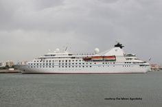 STAR LEGEND. Ιδιοκτησία: Star Legend Ltd. - USA. Διαχείρηση: Windstar Cruises - USA. Royal Viking 1992 ~ 1995. Queen Odyssey 1995 ~ 1996. Seabourn Legend 1996 ~ 2015. 2015 ~ present, today's name. 1992. 9.961 GT ~ 135 μ.μ. ~ 19 μ.πλάτος ~ 6 κατ/τα ~ 16 ~ 19 knots ~ 212 επ. ~ 164 ατ.πλ. Opera House, Building, Travel, Ships, Viajes, Buildings, Destinations, Traveling, Trips