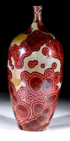 Ampolla amb esmalt cristali de John Mankameyer.