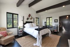 28 of the Best Celebrity Bedrooms of 2014