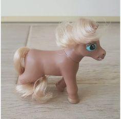Chestnut magazine pony (no blaze)