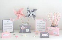 Bird and jelly box, serrated pink, gray, silver and white Source by virginietiolloy Baby Shower Roses, Table Rose, Silhouette Cameo, Deco Rose, Creation Deco, Pink Grey, Gray, Rose Wedding, Communion