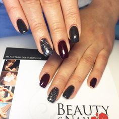 Nails Grau Bordeaux
