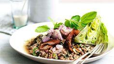 Larb ped (minced duck salad)