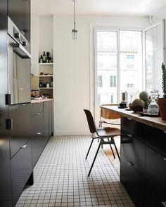 """655 likerklikk, 1 kommentarer – The Socialite Family (@thesocialitefamily) på Instagram: """"Sur #thesocialitefamily on aime s'inspirer sans retenue #kitchen #carrelage #livingroom…"""""""