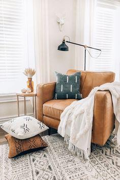 Ruffled Thread: TANI - Authentic Mali Mudcloth Throw Pillow Cover #home #decor #lifestyle Easy Home Decor, Handmade Home Decor, Home Decor Wall Art, Handmade Items, Throw Pillow Covers, Throw Pillows, Diy Design, Interior Design, Modern Office Design