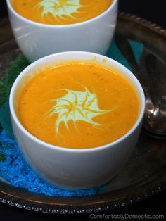 Spicy Butternut Squash Bisque | ComfortablyDomestic.com - squash blends beautifully with onion, garlic, jalapeño, and a touch of ginger for a velvety soup with a spicy finish.
