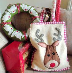 Free pattern: Reindeer tote