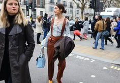 The Best Street Style Photos at the London Fashion Week Fall 2018 Shows - Vogue Autumn Fashion 2018, Spring Summer Fashion, Street Style 2018, Street Styles, Street Looks, London Outfit, City Style, Cool Street Fashion, Winter Looks