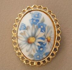 "2"" VINTAGE BROOCH OVAL WHITE GLASS CAMEO DAISY BLUE FORGET ME NOT FLOWERS PIN #Jewelry #Deal #Fashion"