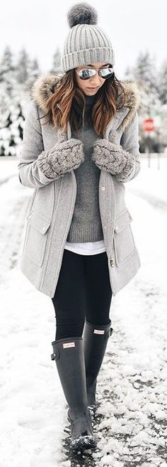 #Winter #Outfits / Gray Knit Coat + Hunter Boots