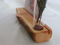 http://de.dawanda.com/product/92847879-kartenstaender-vase-apfelbaum-jahreszeitentisch