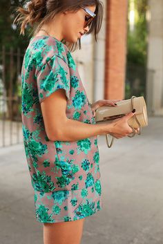 { flora romp } - an interesting take on the shift dress