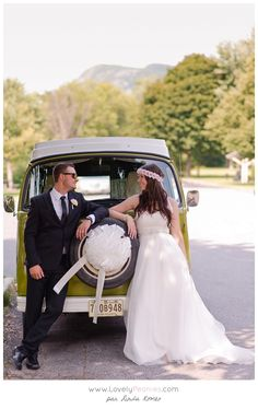 wedding photographer in montreal and france volkswagen westfalia combi - Location Combi Volkswagen Mariage