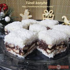 Kókuszos-kekszes kocka New Recipes, Cake Recipes, Dessert Recipes, Cooking Recipes, Morning Glory Muffins, Donut Muffins, Muffins Blueberry, Nutella Muffin, Coconut Biscuits