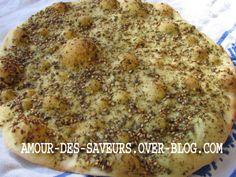 MAN'OUCHÉ / PIZZA LIBANAISE AU ZAATAR (THYM) - Cuisine et recettes libanaises - cuisine du monde