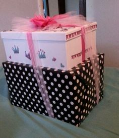 Girls First Birthday ES Gift Wrapping