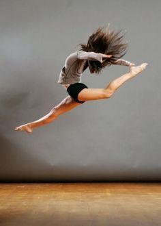 Love pics of dancers. Just beautiful.