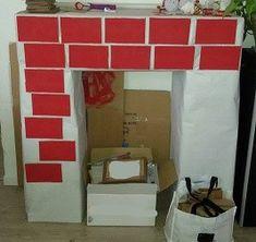 Une décoration de noël ou le bricolage de Noël qu'il faut réaliser comme la décoration du sapin. Il faut faire une fausse cheminée en carton pour Noël.