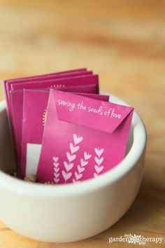 Free Printable Valentines Seed Envelopes / Seed Packets Valentine Day Crafts, Valentines, Stars Craft, Seed Packets, Card Maker, Teacher Appreciation Gifts, Homemade Gifts, Thoughtful Gifts, Crafts For Kids