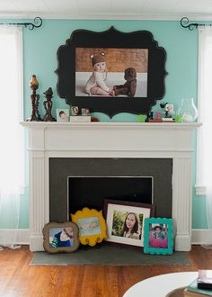 **I like the idea of painting the shape on the wall behind the tv. I bet I could paint this shape on the wall and then center a flat screen tv on it for a similar look My Living Room, Home And Living, Organic Bloom Frames, Metal Tree Wall Art, Barbie Dream House, Photo Displays, My Dream Home, Home Projects, Picture Frames