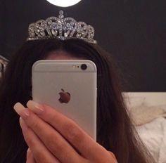 Pinterest: lowkeyy_wifeyy ✨ crown for a queen