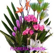 Arreglo grande Kurumi   Florerias DF   Arreglos Florales   Flores a domicilio   Floristeria  
