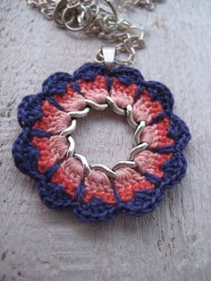 Items similar to Multicolour flower pendant necklace – Intricate blue and red mandala pendant on Etsy Beautiful delicate crochet flower pendant necklace by zetaemme, … Crochet Diy, Crochet Motifs, Crochet Mandala, Crochet Crafts, Crochet Flowers, Crochet Projects, Crochet Patterns, Diy Crafts, Textile Jewelry