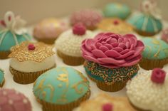 new vintage cupcakes cake lace tutorial